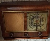 Vendo radio antigua marca Saci años 50 - foto