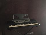Se vende piano Yamaha PSR-350 - foto