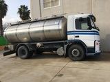Transporte agua potable - foto
