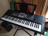 Piano Digital Yamaha + soporte - foto