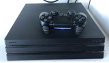 PS4 Pro 1TB - foto
