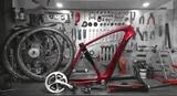 Taller de reparación de bicicletas - foto
