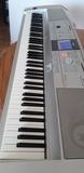 vendo exelente piano teclado 88 yamaha - foto