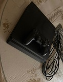 PS4 Slim 1T - foto