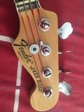 Fender Jazz Bass American Deluxe negocia - foto