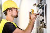 Electricista instalaciones y reparacion - foto