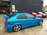 BMW 318 COMPACT  ESTILO M3 - foto