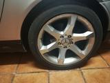 llantas y neumáticos mercedes - foto