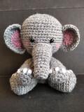 Elefante bebÉ amigurumi - foto