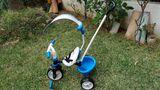 Triciclo con capota casi sin uso - foto