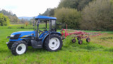 TRACTOR NEW HOLLAND - foto