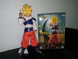 Figura Son Goku 8 Super Saiyan - foto