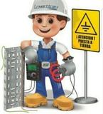Electricista Serio y Profesional. - foto