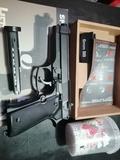 pistola airsoft - foto
