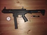 Arma de airsoft Arp9 - foto