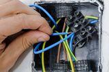 Reparaciones electricidad - foto