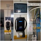 cargador vehículos eléctricos - foto