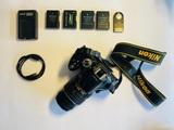 Nikon D5200 con accesorios - foto