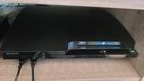 Se vende ps3 slim con 2 mandos y juegos. - foto