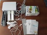 Wii con accesorios y juegos - foto