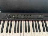 Como nuevo piano Korg LP380 - foto