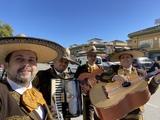 Celebre sus fiestas con mariachis - foto