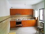 Carpintero, montage de muebles - foto