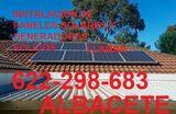 Instalador de placas solares - foto