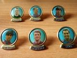 Lote de pins jugadores fútbol Barcelona - foto