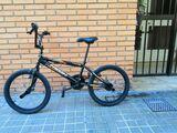 BICICLETA BMX A ESTRENAR - foto