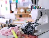Modista prof arreglo ropa planchados - foto