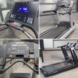 cintas de correr. aparatos gimnasia gym - foto