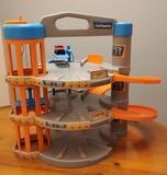 Garaje juguete - foto