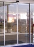 Reparación de puertas automáticas - foto