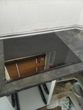 Colocación de encimera de cocinas elect. - foto