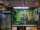 TALLER REPARACION DE CALZADO-LLAVES - foto