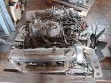 Motor Mercedes w126 - foto