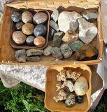 Minerales naturales y en forma de bolas - foto