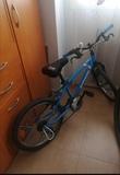 Bicicleta niño - foto