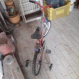 bicicleta de crio - foto