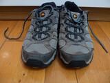 Zapatillas de montaña marca Merrell - foto