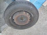 rueda completa de 14 pulgadas - foto