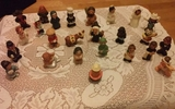 25 figuritas miniaturas de los años 80. - foto