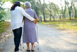 Asistenta de hogar. Cuidado de ancianos  - foto