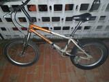 Bicicleta de trial - foto