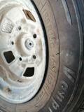 3 ruedas seminuevas completas - foto