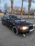 BMW E36 - foto