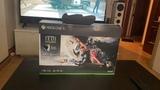 Xbox One X, negra, caja - foto