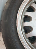 Neumáticos y llantas - foto