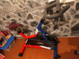 Bicicleta spinning - foto
